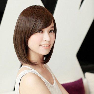波波头适合什么刘海 斜刘海的发型图片