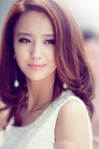 无刘海梨花头发型 女生时尚发型打造