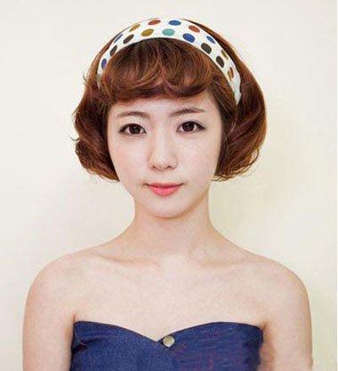 韩式羊毛卷刘海发型 女生梳发造型
