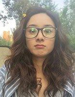 轻熟女适合的眼镜框发型 给中学女生梳发型