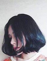 中短卷发造型 黑色梨花烫图片