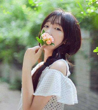 长发美女必看编发教程 多款的韩式美女编发大全