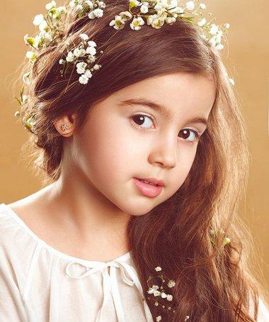 如何给小女孩整理头发款式好用一些 头发花样梳理其实也超容易