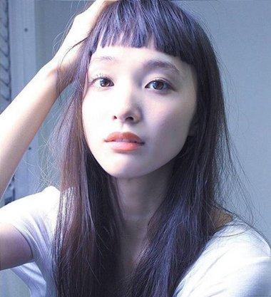 眉毛以上齐刘海发型 2018齐刘海露眉毛图片