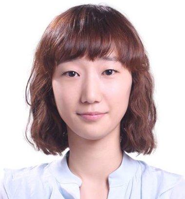身份证照片刘海怎么弄 有齐刘海的身份证照片