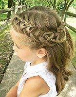 蜈蚣辫容易散掉 小孩扎比较简单蜈蚣头发型