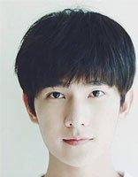 韩式男生锅盖头发型 男生齐刘海锅盖头发型