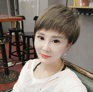 女生蘑菇头发型图片大全 2019时尚女生蘑菇头发型