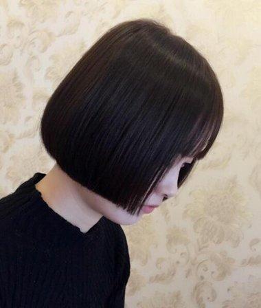 一刀切波波头让头发形成优雅的形象 波波头前长后短图片教你什么是真正的时尚