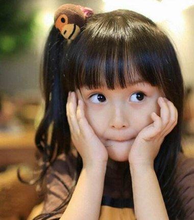 小朋友时尚扎头发发型 儿童女孩时尚发型