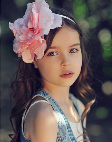 漂亮小女孩的发型 小孩的漂亮发型