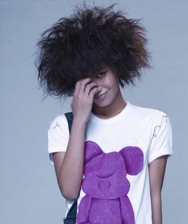 女生爆炸蓬松发型图片 额头蓬松的发型