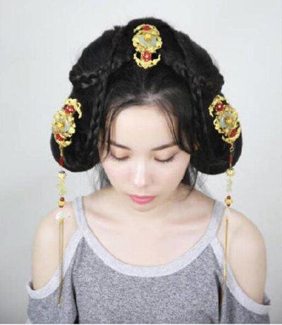 梳古代女子发髻教程 古代发髻梳发