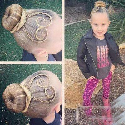 桃心发型小女孩编发图片 桃心发型的编法