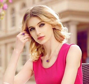 中年长脸女性适合的造型 长脸女生短碎发发型图片