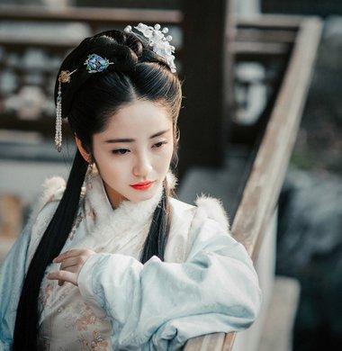 古代女子戴发簪的方法 古代发型怎么梳