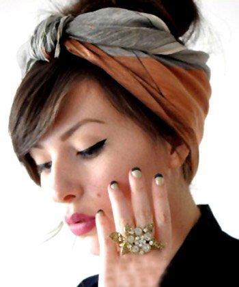 丝巾式发带发箍的戴法 丝巾式发带怎么使用