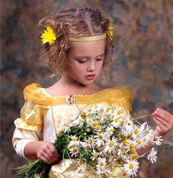 女童怎样扎个性的小辫子 小孩子个性扎辫子有哪几种