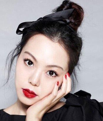 简易的韩版盘发发型 韩版中老年盘发发型
