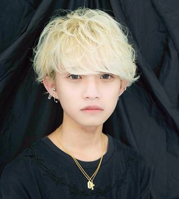 长脸小学男孩时尚发型 长脸男生小清新发型