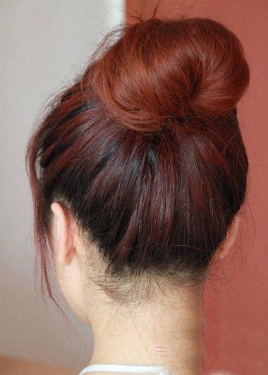 韩版的蓬松发型怎么扎 简单蓬松的发型