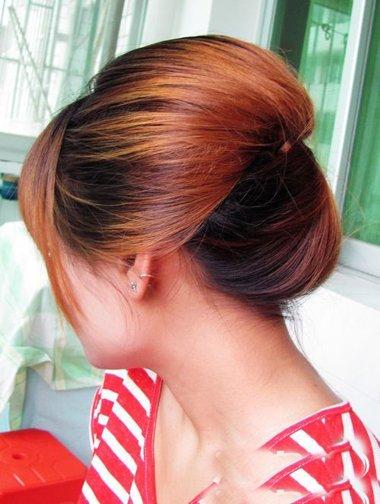怎样扎头顶蓬松发型 女蓬松发型扎发