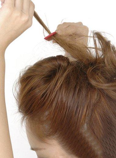 学生蓬松发型 教我弄头顶蓬松的发型图解大全