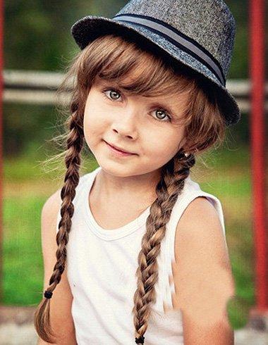 3-6岁小女孩编发造型示范 胖孩子扎三股辫子发型