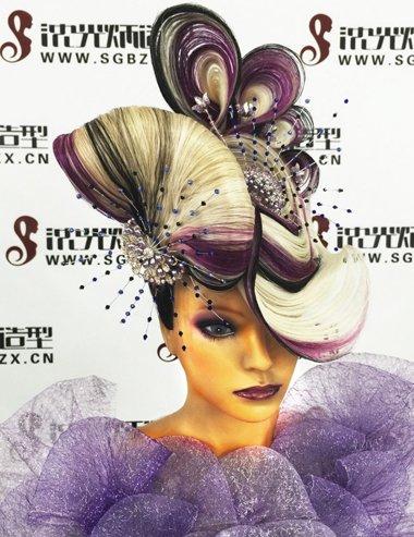 10款巅峰极女士晚装盘发 感受来自色彩线条盘发的魅力吧