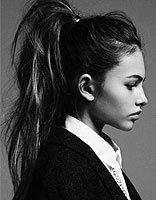 上班族扎OL高马尾辫发型 头发少也能染取独特发色