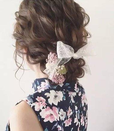 高蓬度低盘发最衬发饰选择 对的发饰是展现盘发美的第一步