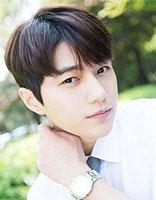 备好白衬衫别忘了备好发型哦 韩版男生纹理烫发型最帅了