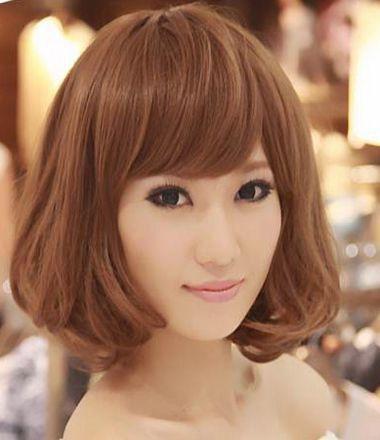 菱形脸女生烫梨花头发型 如何打理出日韩卷发效果