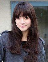 女生离子烫搭配空气刘海发型 脸瘦女生修剪薄刘海造型设计