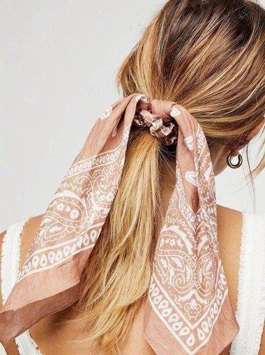 买条丝巾轻松过夏 拯救你发型就靠它了