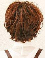 头发粗硬适合染发烫发吗 俏皮短烫发维护粗硬发质爱美权利