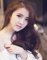约会型韩式侧分中长发梳法 一步改善女生中长发侧分发型缺点