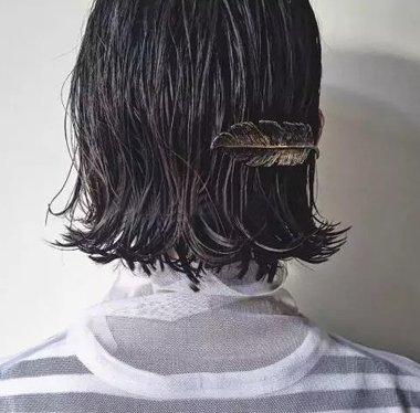 没洗头油腻洗完头滴水? 逆天古金属发饰让这些缺陷全成优势