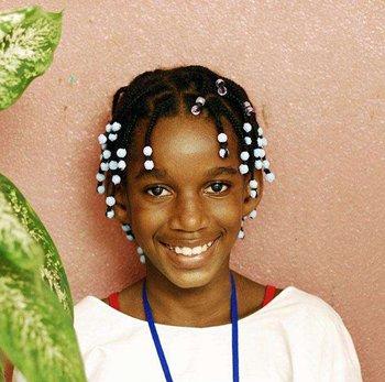 种草非洲小辫知道怎么打理吗 资深发型师教你实用非洲辫子护理技巧