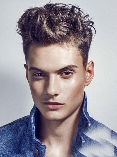最潮流的男士短卷发有无刘海打造 全新款型男两边剃中间染新颖头发颜色