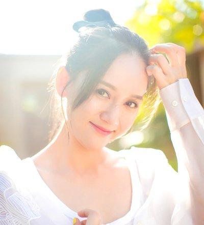 圆方脸女生不留齐刘海更2018世界杯体育投注平台 2018适合圆方脸女生的夏季扎发发型