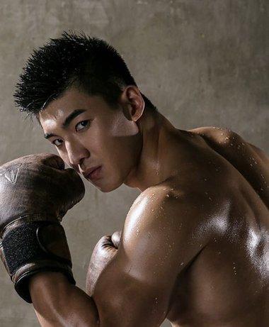 八一八男子定位烫与脸型的关系 别小看无刘海定位烫的修颜功效