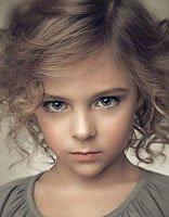 小孩子头发不出油干燥起来像是草 怎么给头皮补水还不出油关键要