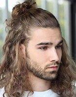 搞艺术男生长发成为你特有标志 绝帅锥子脸型男适合的短卷发