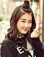 少女心wifi发型都是怎么扎的 有wifi发型扎法图解方便多了