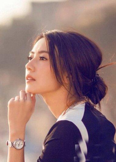 小公主百搭扎发造型时尚才是重点 MM梳扎出的吸眼甜美发型设计