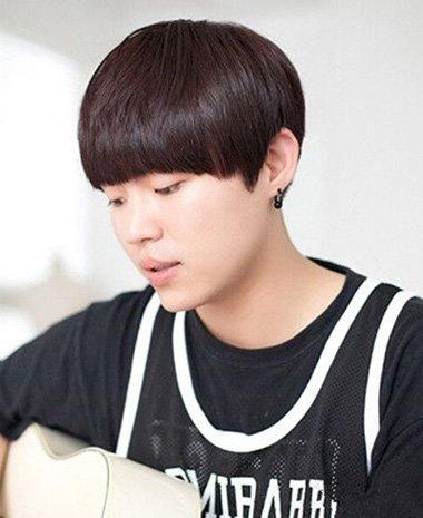 阳光男孩剪蘑菇头俘获万千少女心 绽放青春活跃度满分的短头发