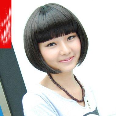 日韩式短直发分分钟搞定时尚流行 个性刘海尽显灵动气息的发型