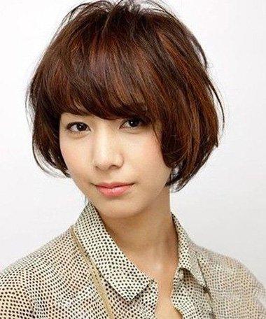 多种烫发哪款卷发适合剪厚头发 女生头发厚重适合什么样的发型