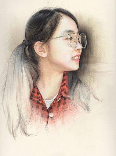 女生扎露额头马尾辫搭配各种发色 韩式梳扎发十秒让你变美的法宝